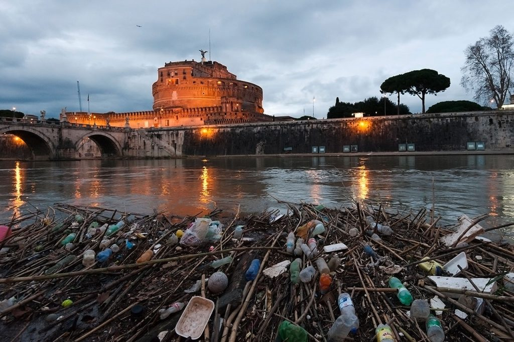 secondo premio ex-exquo, Vicino ponte Sant'Angelo, Luigi Pastoressa, concorso Il fiume e l'uomo, mostre diffuse fotografia magliano sabina 2016