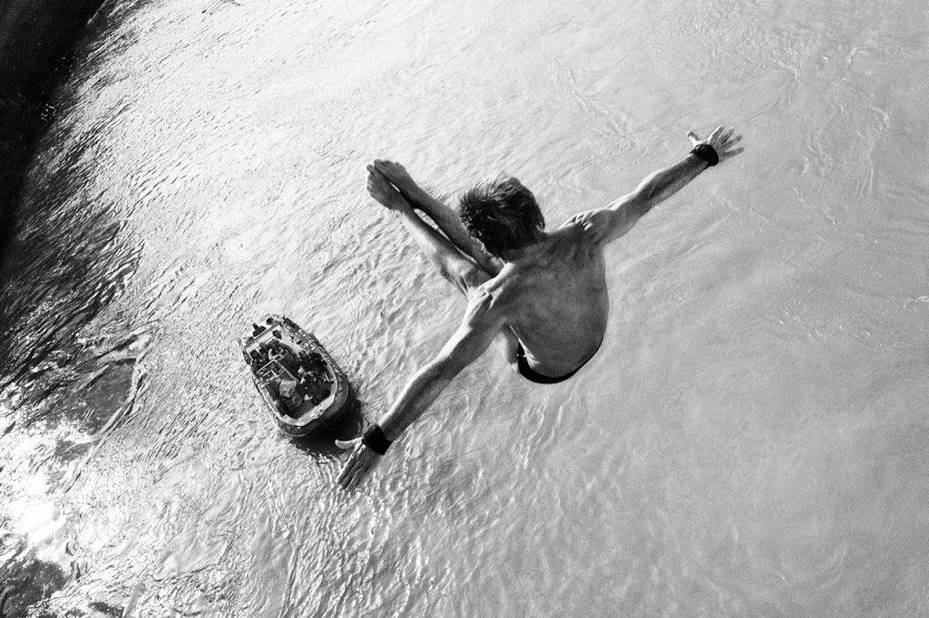 secondo premio ex-quo, Il tuffo di Simone Crescenzo, concorso Il fiume e l'uomo, mostre diffuse fotografia magliano sabina 2016