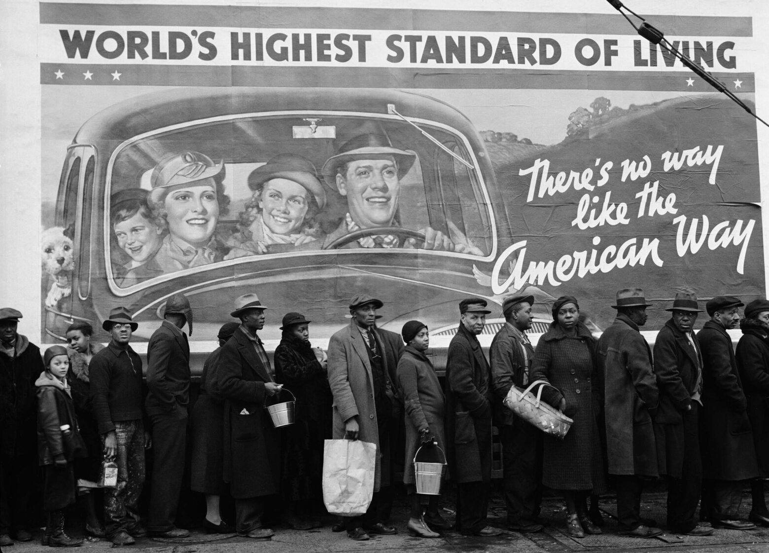 Louis Ville, Kentucky, 1937. © Images by Margaret Bourke-White. 1937 The Picture Collection Inc. All rights reserved;